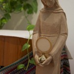 2. Adoração nas mãos de Maria